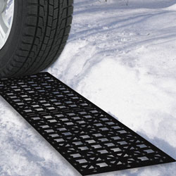 Stalwart Car Tire Snow Grabber Mats - Set of 2